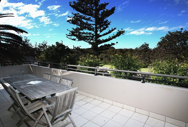 The Dunes - Avalon Beach, NSW, holiday rental in Bilgola