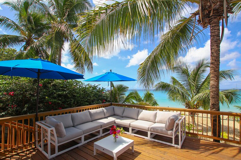 Great spot to hang out - lots of comfy loungers with amazing views