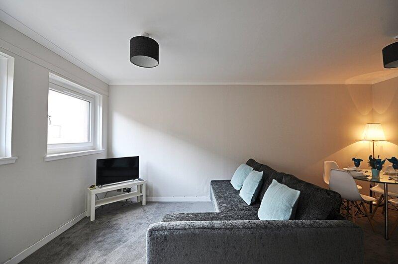 Garden Court - Donnini Apartments, location de vacances à Alloway