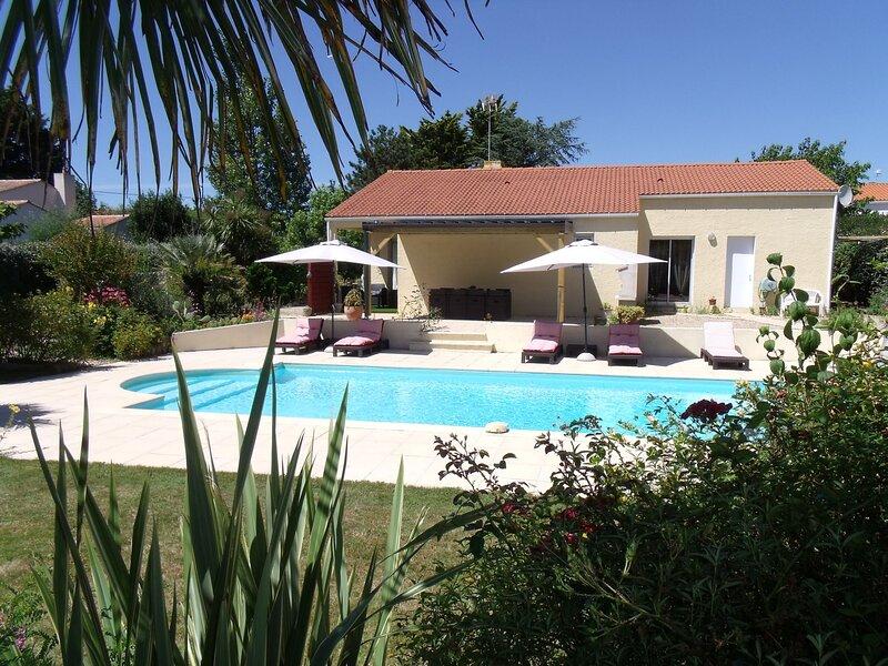 Villa Les Cygnes, holiday rental in L'Ile-d'Olonne