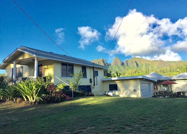 Hibiscus Beach Cottage, Steps to Anahola Bay, TVNC#5067, holiday rental in Anahola