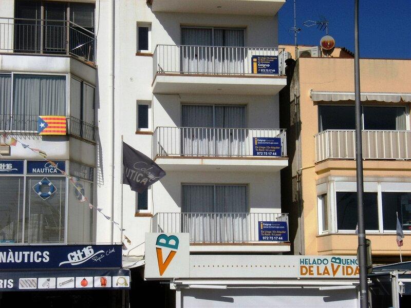 APARTAMENT ARTS 1, holiday rental in L'Estartit