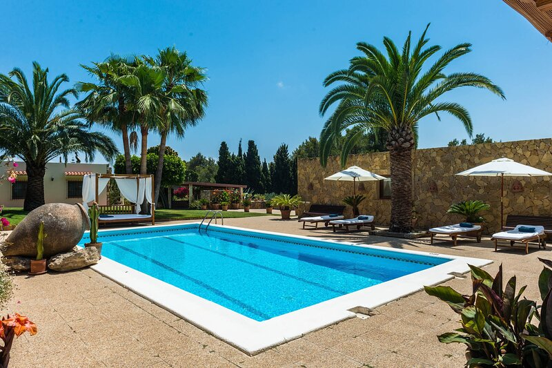 Villa - 3 Bedrooms with Pool and WiFi - 108771, holiday rental in Sant Rafel