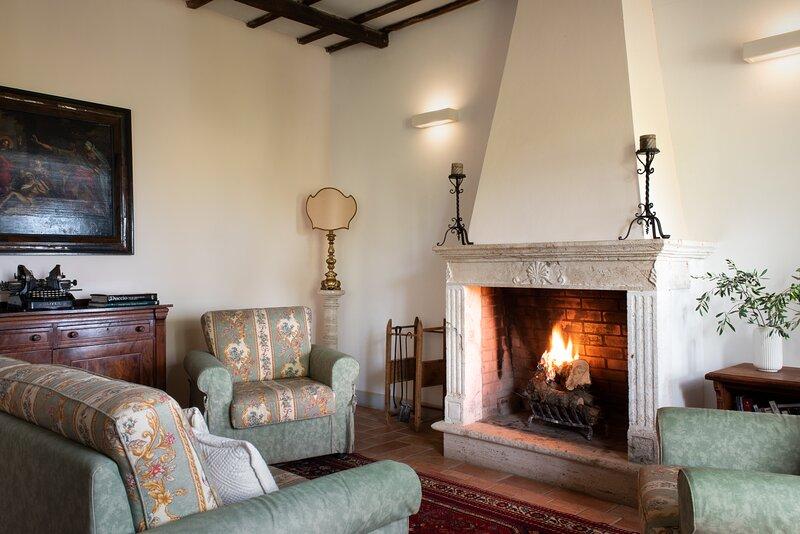 L'Oliviera, apartment close the Thermal SPA of Rapolano Terme. Pool, A/C & Wi-Fi, holiday rental in Rapolano Terme