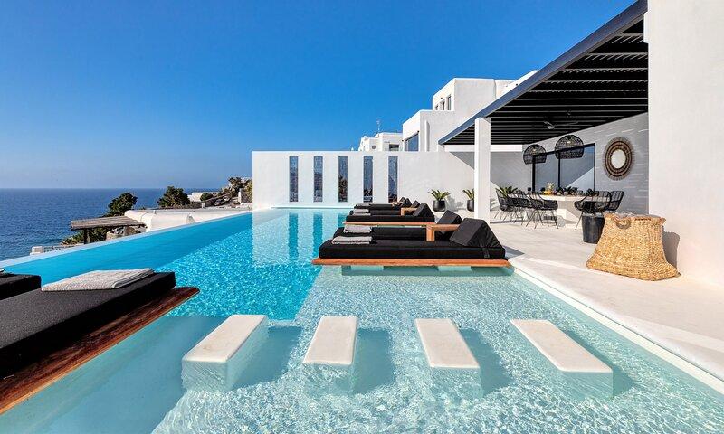 Mykonos Psarou Black Villa 2, holiday rental in Psarou