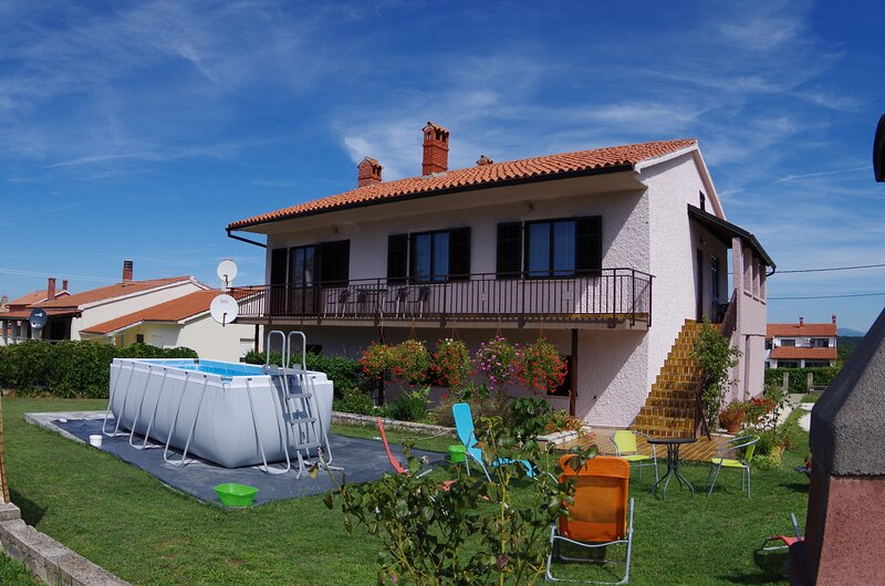 Countryside holiday apartment 'Genio', holiday rental in Glavani