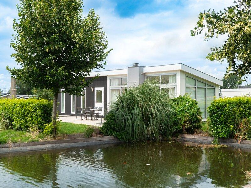 EuroParcs Resort De Biesbosch, holiday rental in Hendrik-Ido-Ambacht