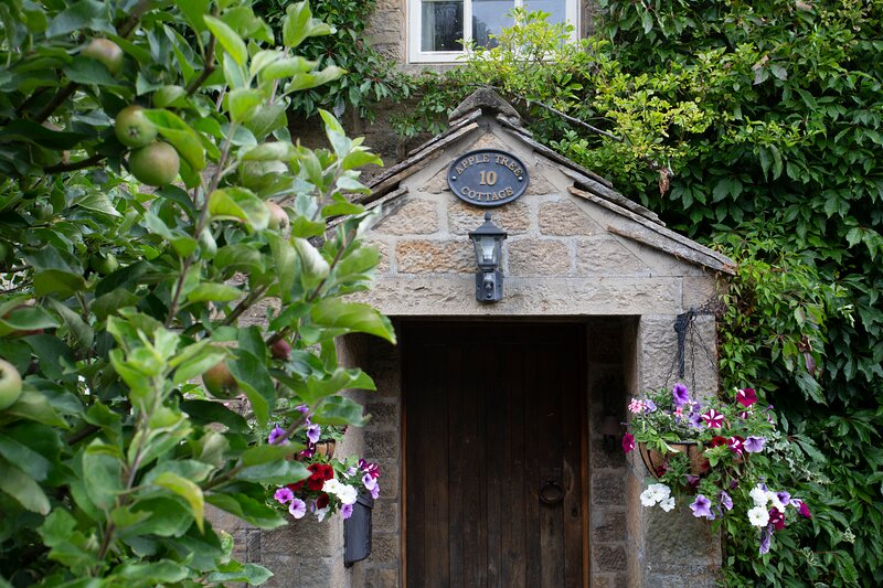 Apple Tree Cottage, holiday rental in Summerbridge