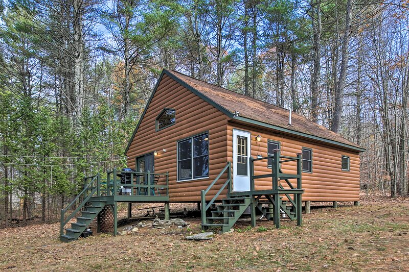NEW! Lake Escape w/ Private Dock, Kayaks & Canoe!, vacation rental in Winthrop