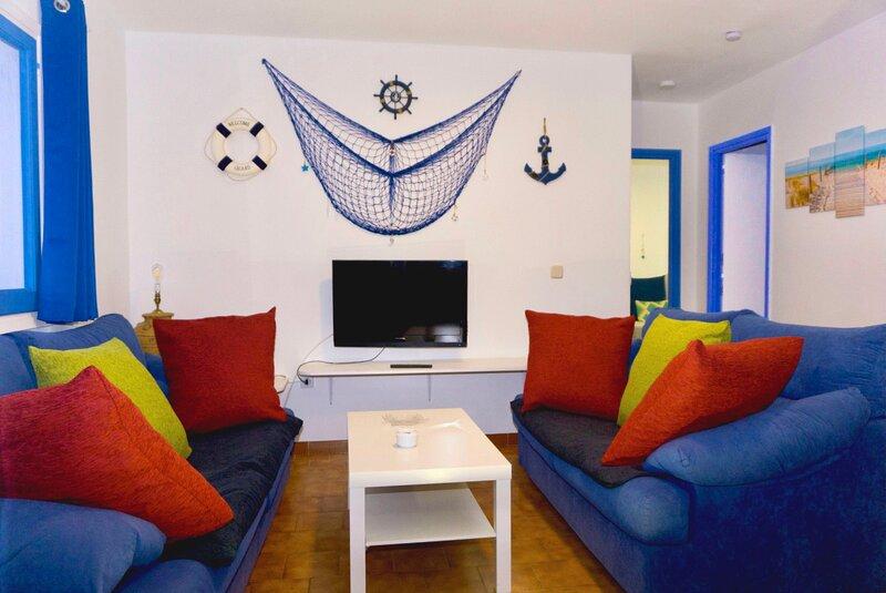 Apartamentos Ciutadella - 2 habitaciones, location de vacances à Cala Blanca