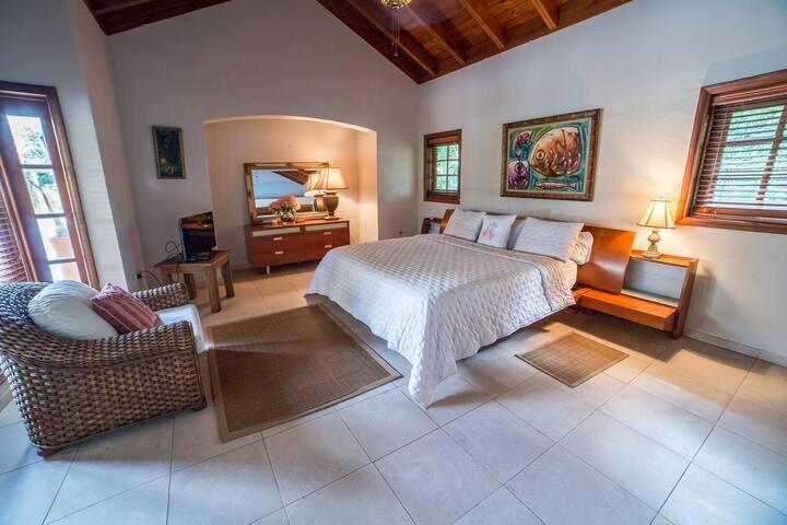 Luxury Villa Barranca Bungalow in Casa de Campo, location de vacances à Altos Dechavon