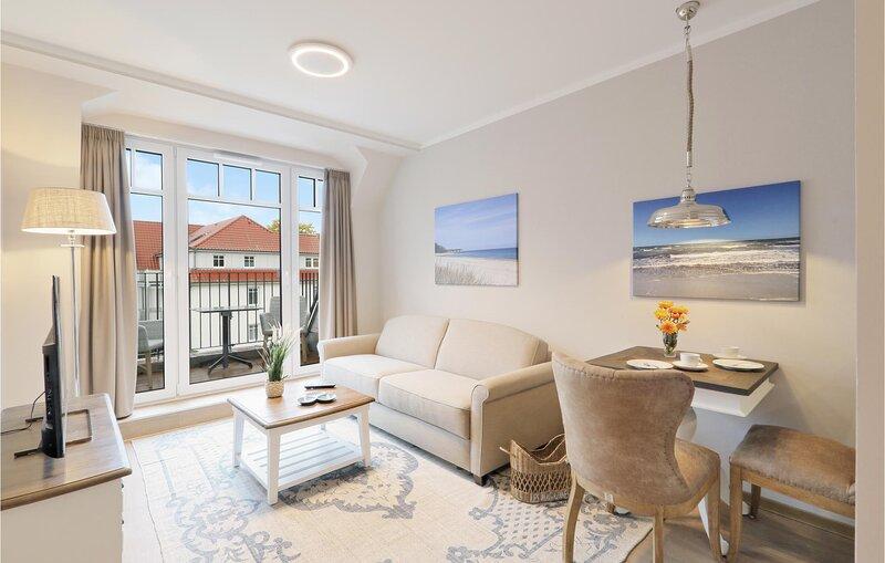 Nice apartment in Ostseebad Boltenhagen with Sauna, WiFi and 1 Bedrooms (DMK861), holiday rental in Tarnewitz