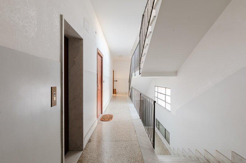 Le Rondini Apartment, 5 persone, 2 balconi, Policlinico Casilino e Tor Vergata, holiday rental in Borghesiana