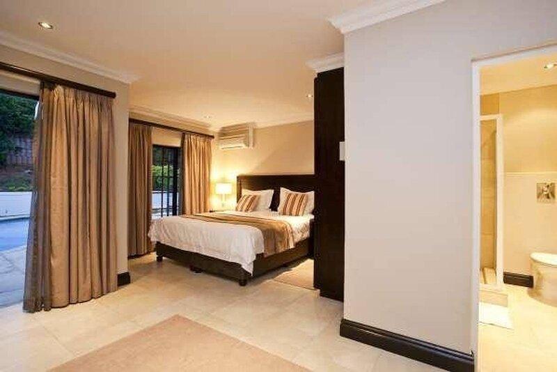 Fairview Bed And Breakfast - Double Room 1, vacation rental in Umdloti