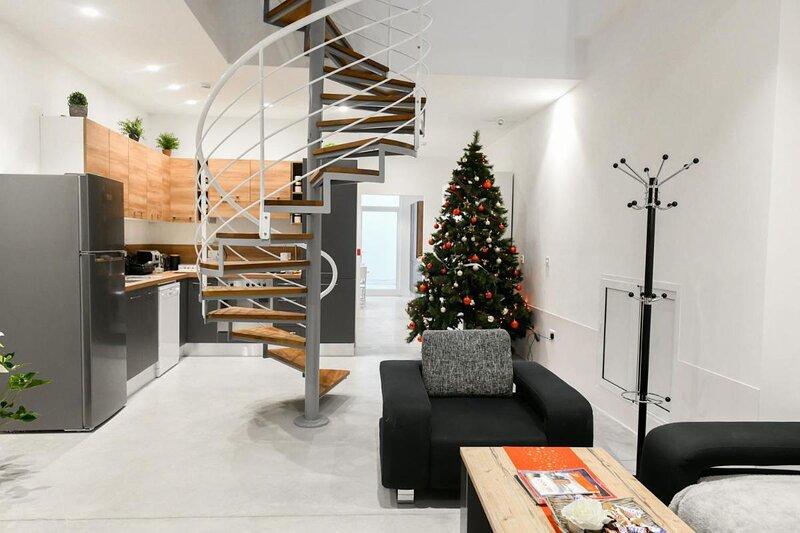 Comfortable double room in Pieta - Bb Marina, holiday rental in Hamrun