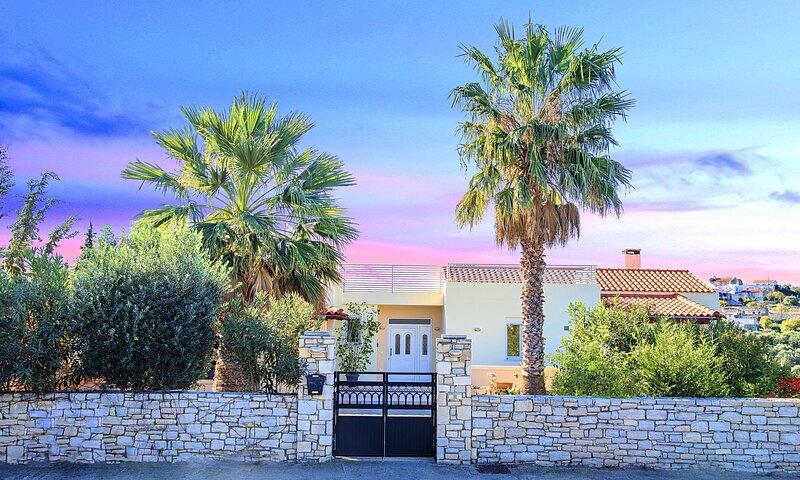Casa di Palma Heated Pool, vakantiewoning in Kastellos