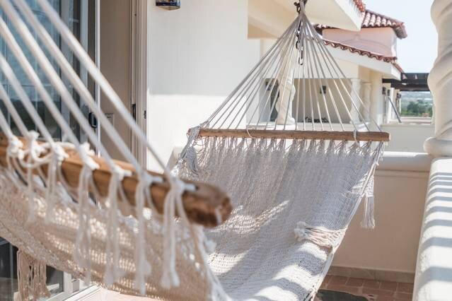 Luxury Villa + Pool + Gym + Bar, holiday rental in La Joya