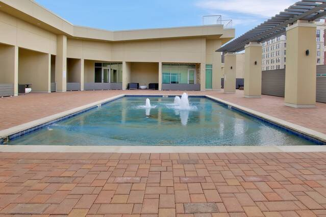 New Downtown Lux Loft, holiday rental in Towanda