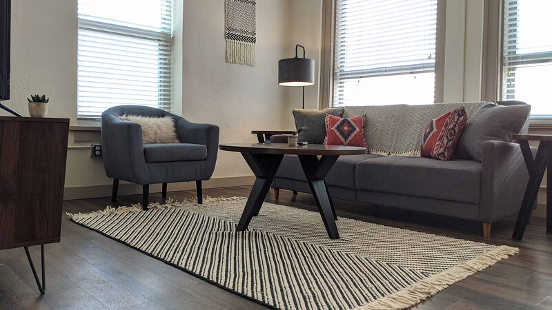 Gorgeous Luxury 1BR in Downtown Wichita, holiday rental in Sedgwick