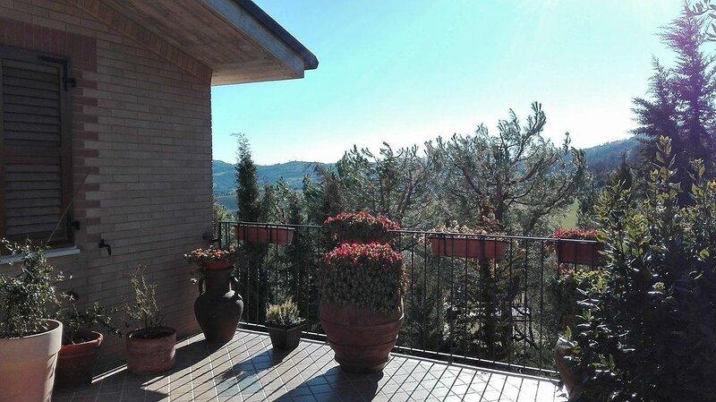 Angela Garden B&B, Ferienwohnung in Penna San Giovanni