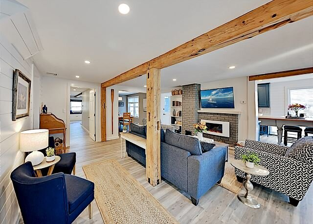 Thisgood Cove | Ocean Views & Rooftop Deck | Walk to Local Beach, vacation rental in Kennebunkport