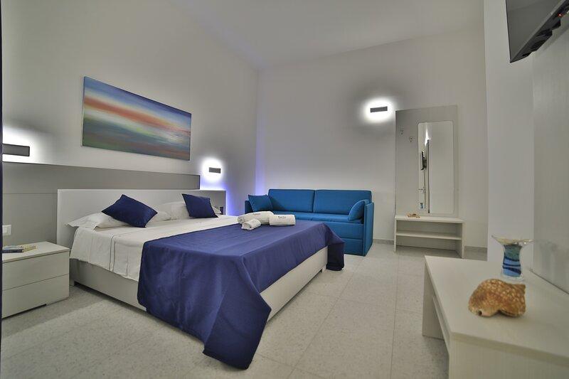 Royal Blue - la vacanza rilassante, holiday rental in Salmenta