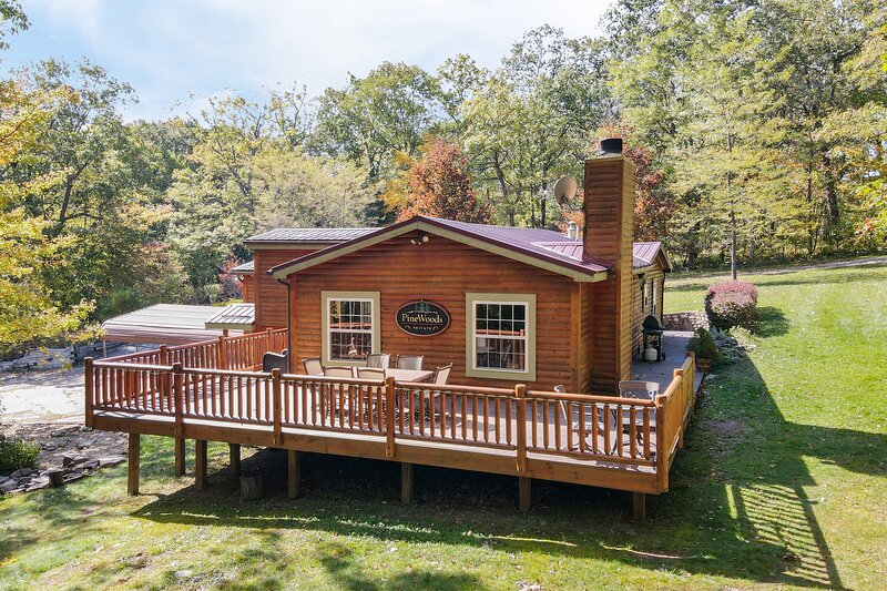 Pine Woods Cabin, aluguéis de temporada em Friendsville