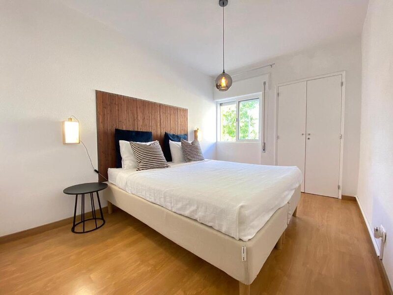 Central Station Apartment, vacation rental in Cajados