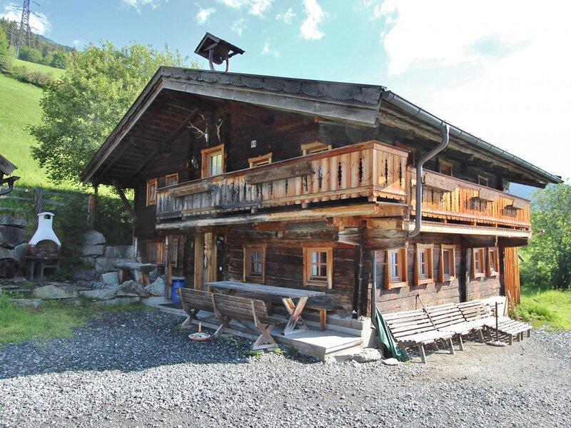 Chalet Hofer Wald Königsleiten, holiday rental in Vorderkrimml