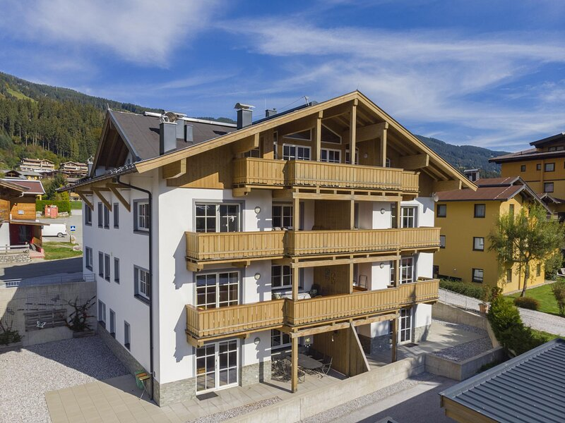 Edelalm Residenz T 7, holiday rental in Brixen im Thale