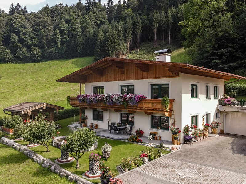 Haus am Wald, holiday rental in Itter