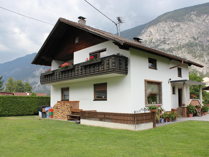 Haus Wammes, vacation rental in Obsteig