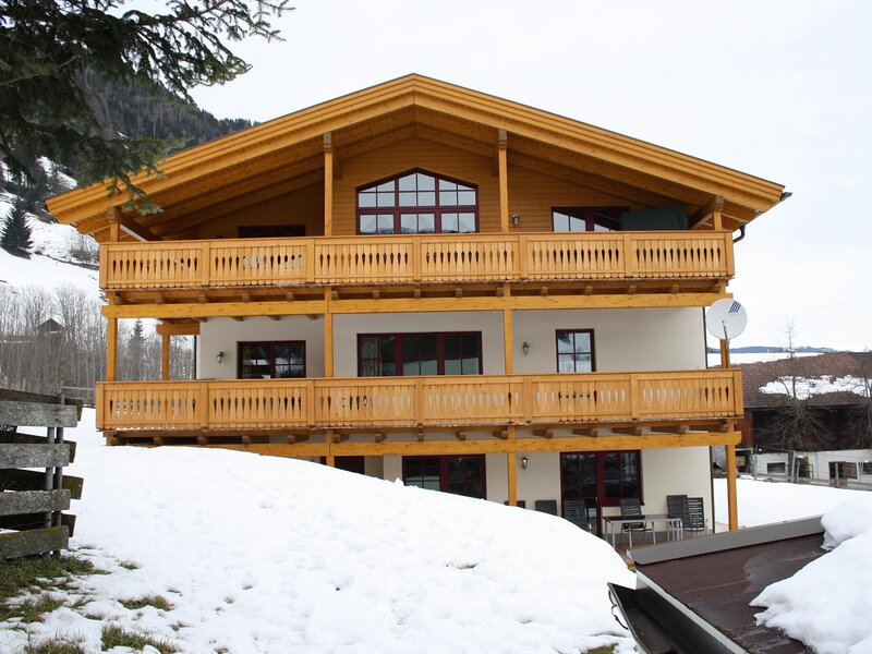 Wohnungen Iris III + IV, holiday rental in Frostlberg