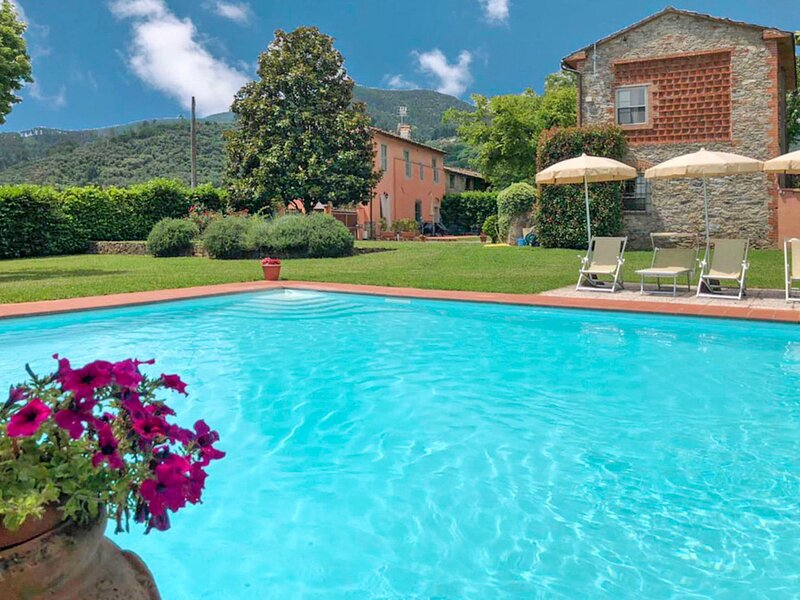 Giallo - Nel Giardino di Renzo (IMP284), holiday rental in Poggi