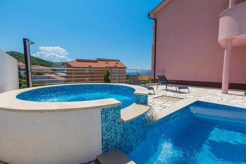 Dragica - modern & close to the sea: A2 Black & White(6) - Klenovica, holiday rental in Klenovica