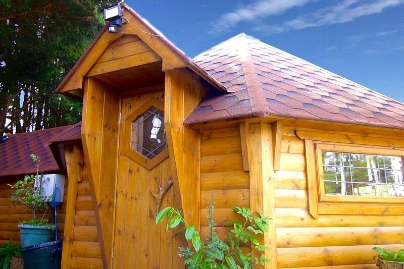Charming 2-bed Cabin at Ashleigh House, casa vacanza a Gaerwen