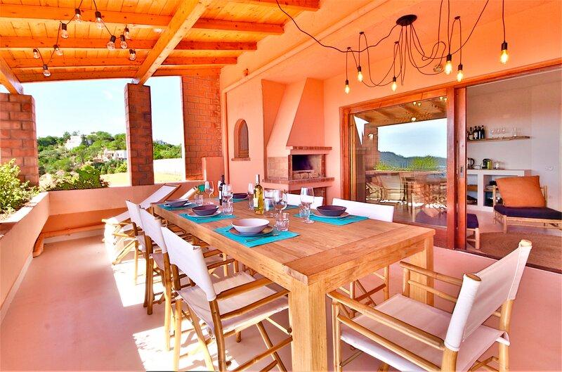 LA VEDETTA dell'Eden by Klabhouse – 3 BR w/Seaview Terrace, holiday rental in Eden Rock