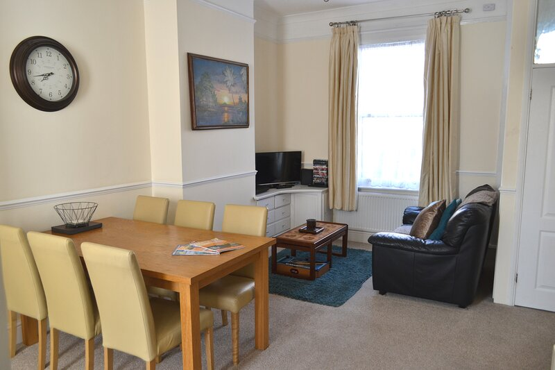 Seam Terrace - Home from Home, vacation rental in Minster on Sea