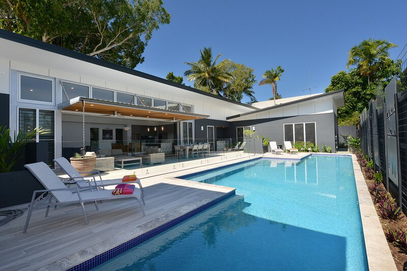 Bird on a Wire - 4 Bedroom Home Close to Town, vacation rental in Port Douglas