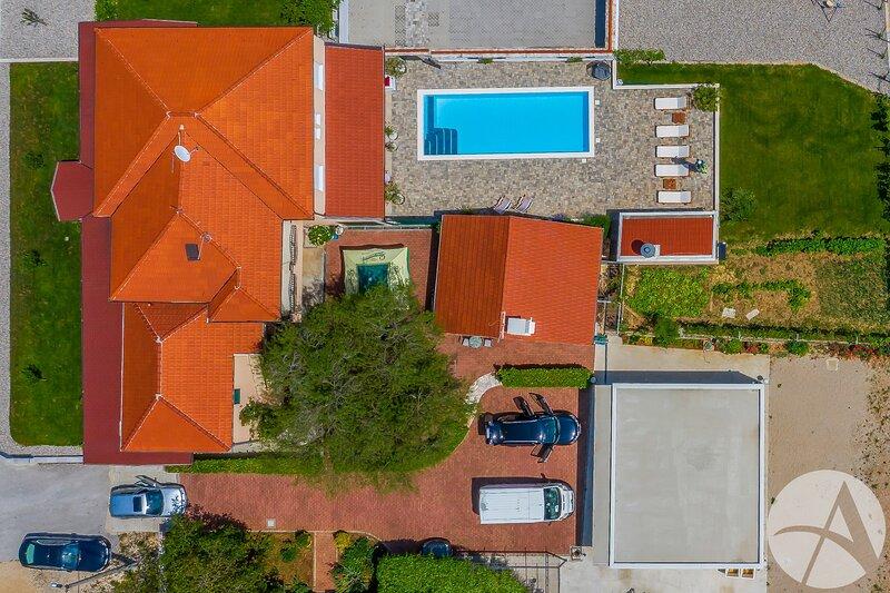 Private holliday home Villa VRNAUTIC-A1, location de vacances à Vrgorac