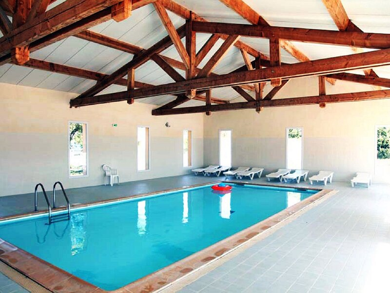Well-kept holiday home in local style near a medieval town, holiday rental in Logrian-Florian