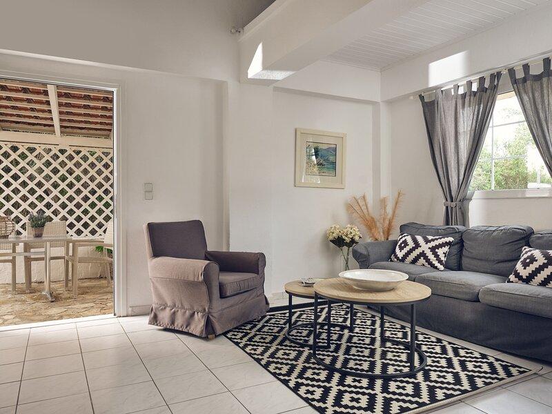 Periyali Villas - Hera, Nefeli 2-bedrooms Ground Floor Stone Villas, holiday rental in Vasilikos