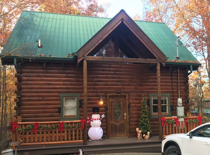 Magical Memories Cabin   Gatlinburg/Pigeon Forge   Hot Tub/Pool Table/Fireplace, vacation rental in Gatlinburg