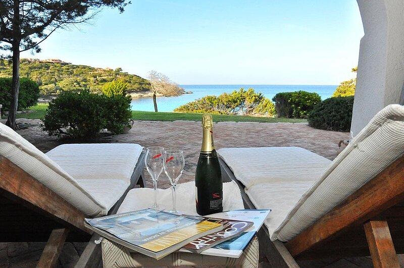 Casa di lusso Sul Mare con terrazze e giardino - Porto Cervo Costa Smeralda, holiday rental in Porto Cervo