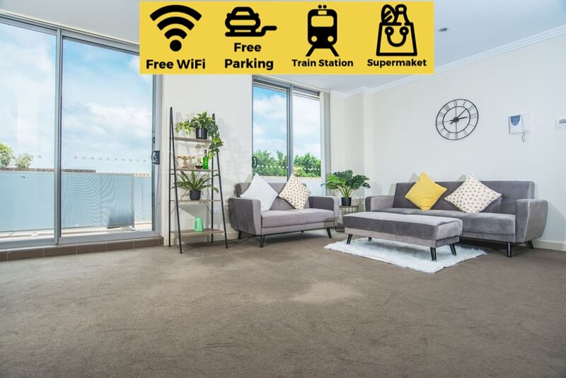 Designed Home of Ultimate Convenience In Gordon, holiday rental in Macquarie Park