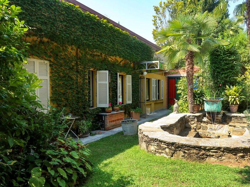 Atelier, holiday rental in Borgomanero