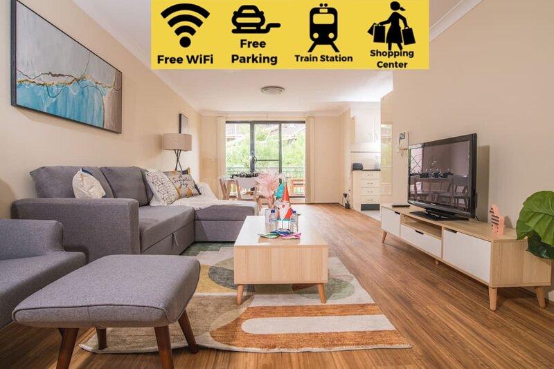 True Comfort! 3bed2bath APT near Ashfield Station!, location de vacances à Strathfield