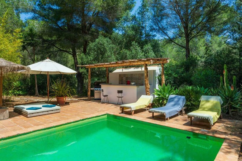 Villa - 3 Bedrooms with Pool and WiFi - 108787, vacation rental in Cala Llonga
