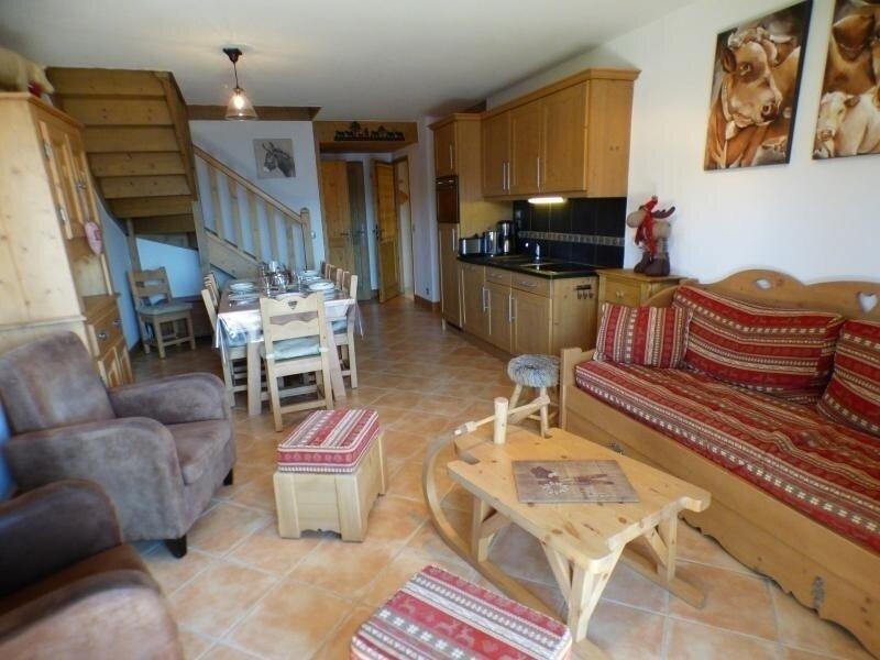 SECTEUR BISANNE 1500 - duplex de 4 pièces 3 chambres de 75 + 10 m2 orienté sud, holiday rental in Queige