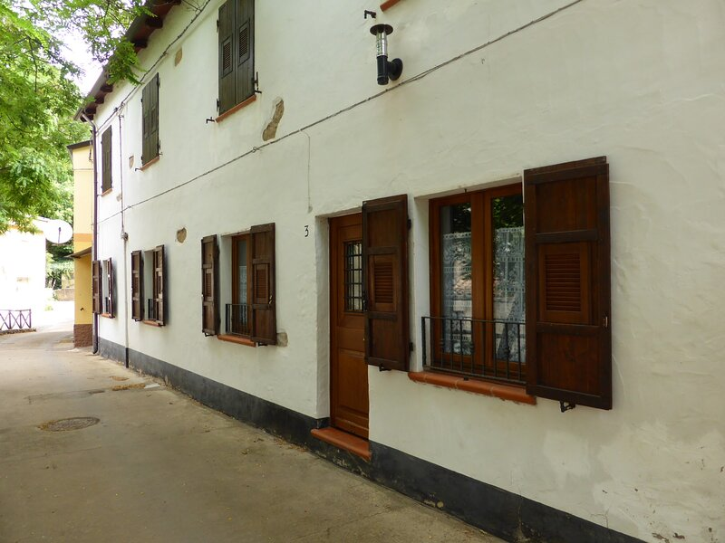 Trekking cottage apartment in San Benedetto, location de vacances à Fluminimaggiore